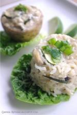 Nadziewane selery i ryż z warzywami