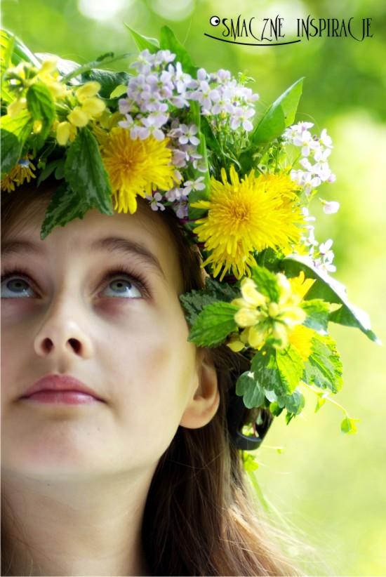 http://www.smaczneinspiracje.pl/wp-content/uploads/2011/04/6_Wianek-z-kwiat-25C3-25B3w-polnych.jpg