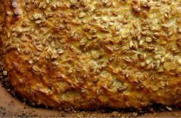 Chleb pszenny z płatkami żytnimi