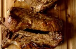 Pieczone żeberka wieprzowe