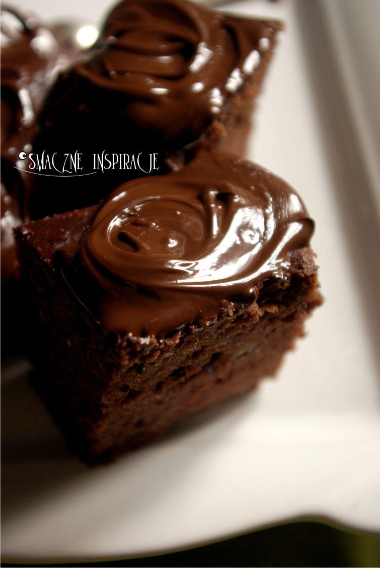 2_ Czekoladowe ciasto z cukini _bezglutenowe