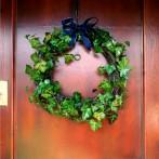 Wianek świąteczny na drzwi