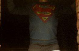 Koszulka Superbohatera – instrukcja i szablon do wydruku
